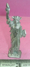S-09 Large Statue of Liberty